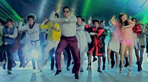 doing-the-gangnam-style-dance